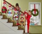 dzieci na schodach